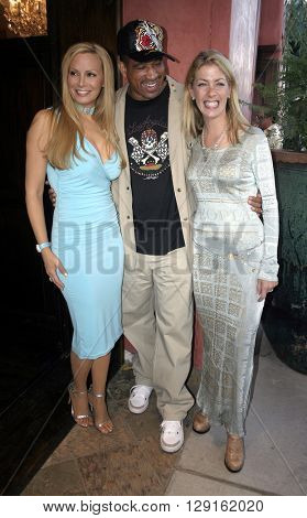Cindy Margolis, Dorian Gregory and Elaine Culotti at the Grand Opening of Porta Bella in Beverly Hills, USA on September 2, 2005.