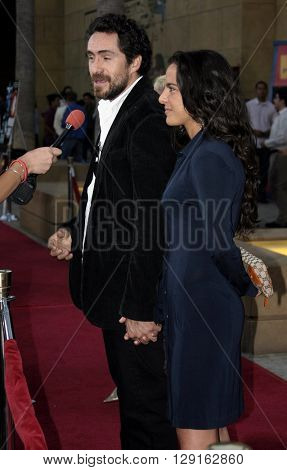 Demian Bichir and Kate del Castillo at the Los Angeles premiere of