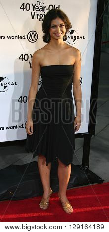 Morena Baccarin at the Los Angeles premiere of