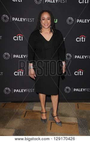 LOS ANGELES - MAR 19:  S. Epatha Merkerson at the PaleyFest 2016 - Dick Wolf Salute at the Dolby Theater on March 19, 2016 in Los Angeles, CA