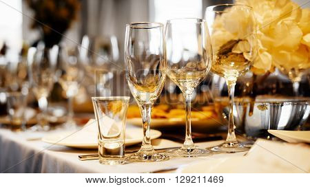 Detail of an elegant dinner wedding setting