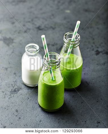 Organic spinach and almond milk smoothie with linseed