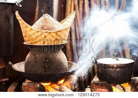 Kitchens and equipment Cooking of rural people in the developing countries of Asia