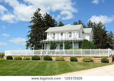 DYERSVILLE, IOWA - AUGUST 20, 2015: Field of Dreams house and movie set. The 1989 film starring Kevin Costner was filmed on the Lansing Family Farm.
