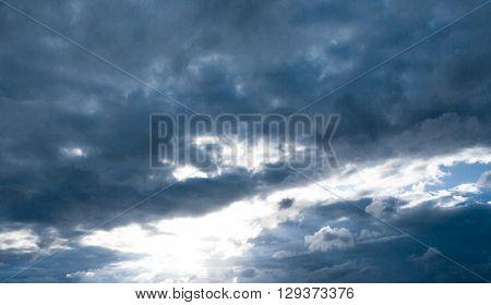 Divine Blue Clean Air