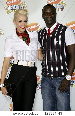 Akon and Gwen Stefani at the Nickelodeon's 20th Annual Kids' Choice Awards held at the Pauley Pavilion in Westwood, USA on March 31, 2007.