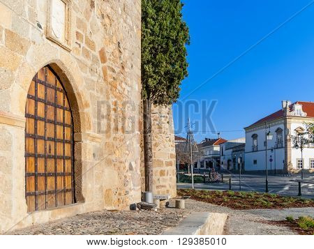 Gate of the medieval Castle of Alter do Chao, in the Portalegre District. Alto Alentejo, Portugal