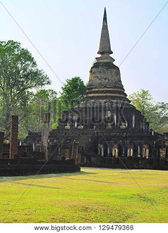 Si Satchanalai Historical Park, Thai