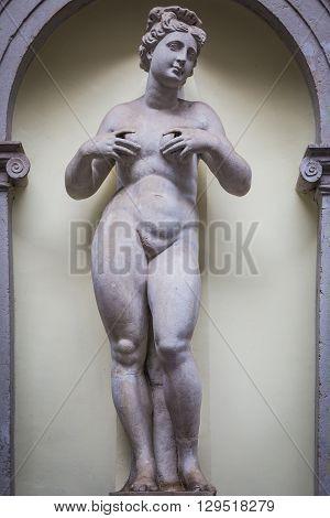 Feminine Statue Of Abundance