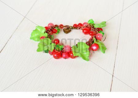Bracelet imitating berries. Bright bracelet, beautiful jewelry