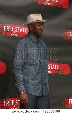 LOS ANGELES - MAY 11:  Mahershala Ali at the Free State Of Jones Photocall at the Four Seasons Hotel Los Angeles at Beverly Hills on May 11, 2016 in Los Angeles, CA