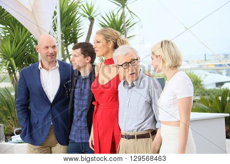Blake Lively , Kristen Stewart, Woody Allen attend the 'Cafe Society' Photocall during The 69th Annual Cannes Film Festival on May 11, 2016 in Cannes, France.