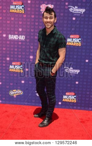 LOS ANGELES - APR 29:  Max at the 2016 Radio Disney Music Awards at the Microsoft Theater on April 29, 2016 in Los Angeles, CA