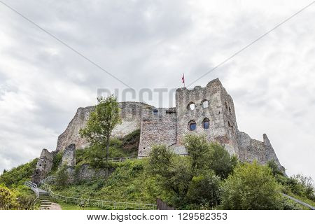 CZORSZTYN, POLAND - AUGUST 29: Ruins of castle in Czorsztyn, built in fourteenth century on August 29, 2010 in Czorsztyn.