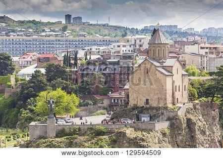 Tbilisi, Georgia - May 07, 2016: Metekhi Church Above The Kura River In Tbilisi, Georgia.
