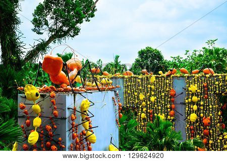 Pattaya Chonburi - March, 18 2016: The Ants Wall In Beautiful Garden Decoration In Tropical Botanica