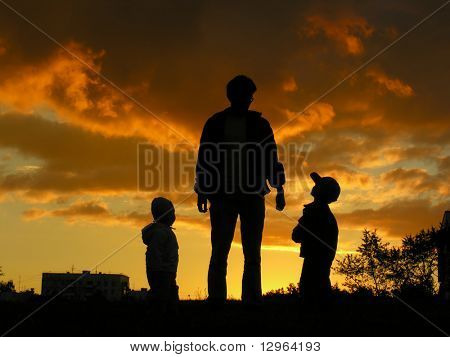 father with children sunset 2