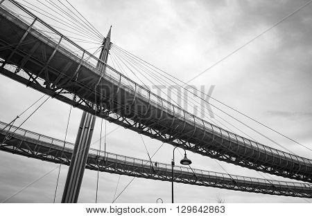 Ponte del mare di Pescara in una giornata uggiosa