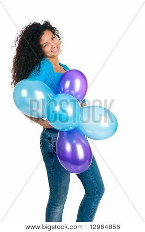 Mujer linda con los globos