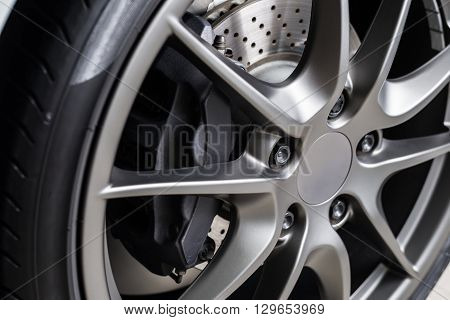 Car detailing series : Super car disc-brake