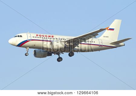 SAINT PETERSBURG, RUSSIA - MARCH 28, 2016: Flying the Airbus A319-111 (VQ-BAR) of airline