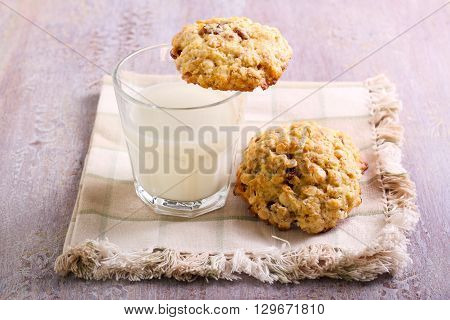 White chocolate chunk cookies with oat raisin and coconut