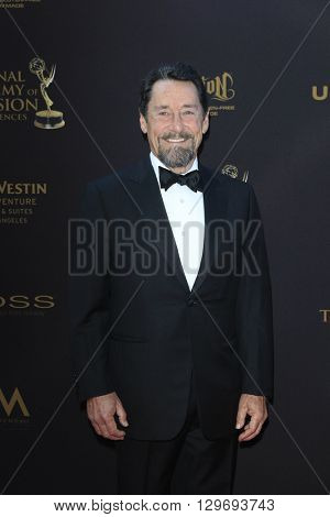 LOS ANGELES - APR 29: Peter Cullen at The 43rd Daytime Creative Arts Emmy Awards at the Westin Bonaventure Hotel on April 29, 2016 in Los Angeles, CA
