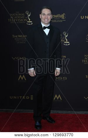 LOS ANGELES - APR 29: Ryan Shore at The 43rd Daytime Creative Arts Emmy Awards at the Westin Bonaventure Hotel on April 29, 2016 in Los Angeles, CA