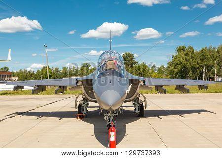 Fighter Yak-130