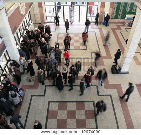 queue in  ticket window top view