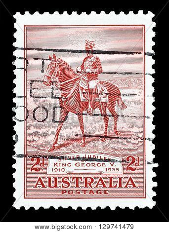 AUSTRALIA - CIRCA 1935 : Cancelled postage stamp printed by Australia, that shows King George V silver jubilee.