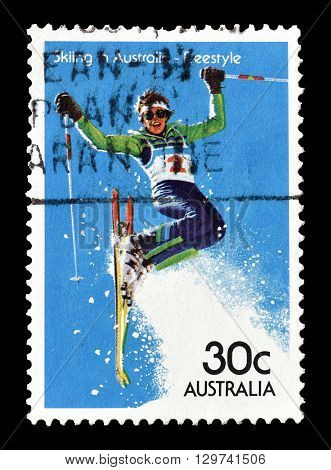 AUSTRALIA - CIRCA 1984 : Cancelled postage stamp printed by Australia, that shows Freestyle skiing.