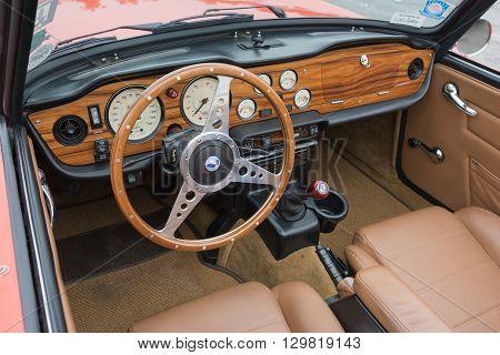 Triumph Tr6 Convertible Interior