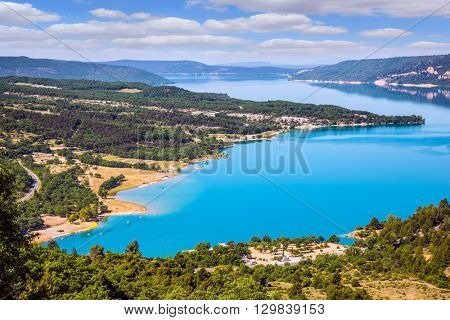 Magnificent lake with emerald water. Canyon of Verdon, Provence - spring