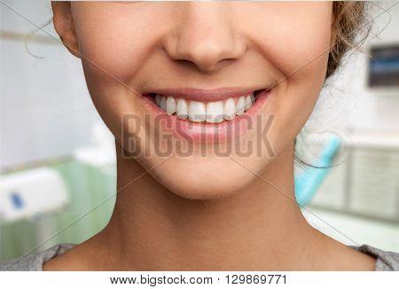 Dentist.
