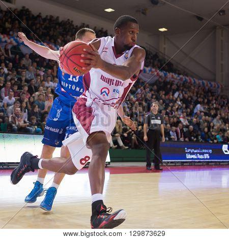Bc Krasnye Krylia Forward Demetris Nichols (8) Drives To The Basket
