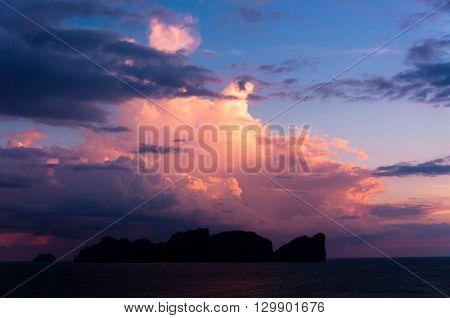 Setting Sun Darkening Heavens