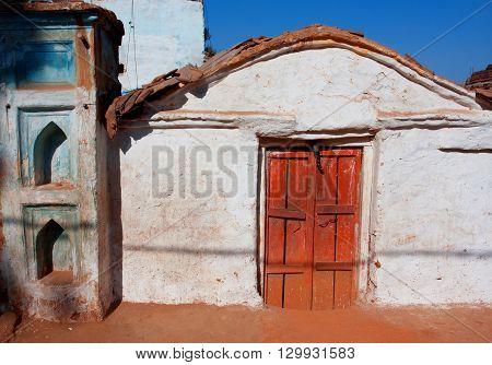 Rural brick house in small indian town Orchha, Madhya Pradesh