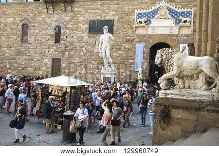 Tourist In The Piazza Della Signoria , Florence Italy