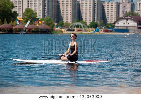 Sup Athletic Girl Yoga Meditation