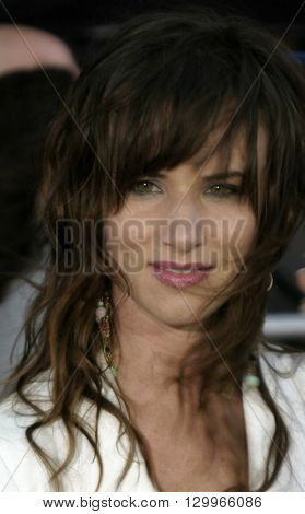 Juliette Lewis at the Los Angeles premiere of 'Collateral' held at the Orpheum Theatre in Los Angeles, USA on August 2, 2004.