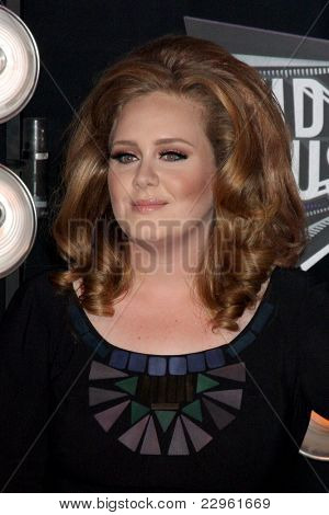 LOS ANGELES - AUG 28:  Adele arriving at the  2011 MTV Video Music Awards at the LA Live on August 28, 2011 in Los Angeles, CA
