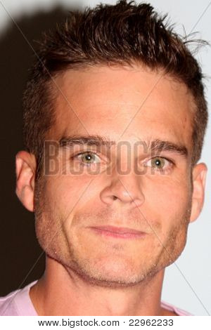 LOS ANGELES - AUG 26:  Greg Rikaart attending the Young & Restless Fan Dinner 2011 at the Universal Sheraton Hotel on August 26, 2011 in Los Angeles, CA