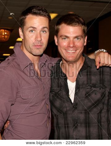 LOS ANGELES - AUG 26:  John Driscoll,  Jeff Branson attending the Young & Restless Fan Dinner 2011 at the Universal Sheraton Hotel on August 26, 2011 in Los Angeles, CA