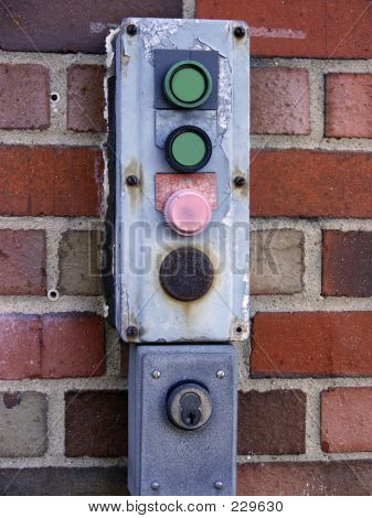Gate Control Buttons