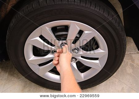 replacing lug nuts
