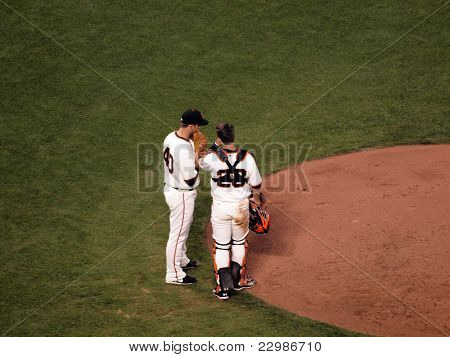 Giants Madison Bumgarner Talks On The Mound To Catcher Buster Posey