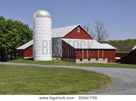 Red Barn And Silo In Rural Pennsylvania
