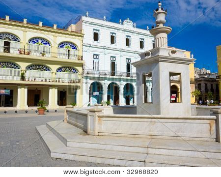 The Old Square (known in spanish as Plaza Vieja), a touristic landmark in Old Havana