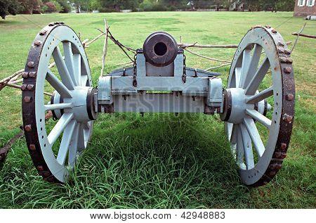 Colonial Williamsburg Cannon